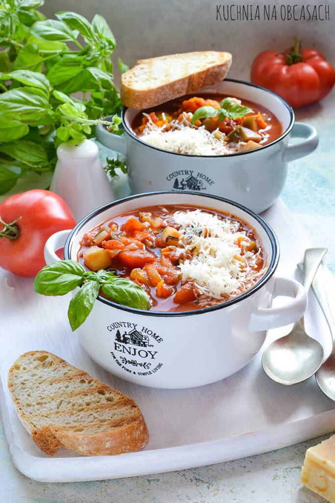toskanska-zupa-pomidorowa-z-parmezanem_optimized